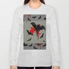 GREY ART OF FLYING BLACK BATS BLOODY  HALLOWEEN PARTY Long Sleeve T-shirt