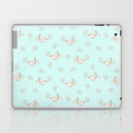 Christmas birds - Bird pattern on turquoise background Laptop & iPad Skin