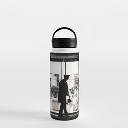New York: Silhouette in Trump Tower Water Bottle