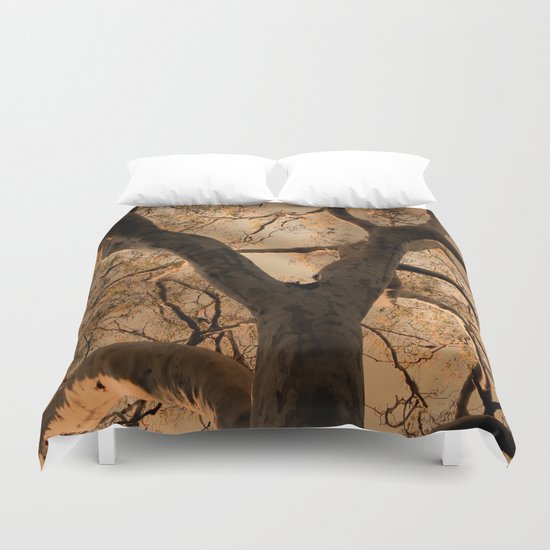 Big Tree, Late Afternoon Duvet Cover