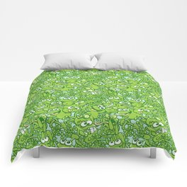 Funny green frogs entangled in a messy pattern Comforters