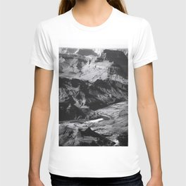 Desert at Grand Canyon national park, USA in black and white T-shirt