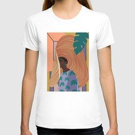 Woman in hat - summer hide T-shirt