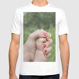 manos T-shirt