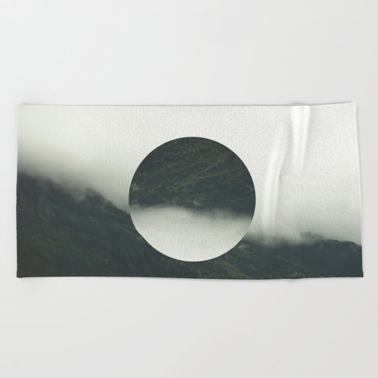 HOLLOW NATURE Beach Towel