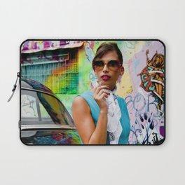 Woman and graffitti Laptop Sleeve