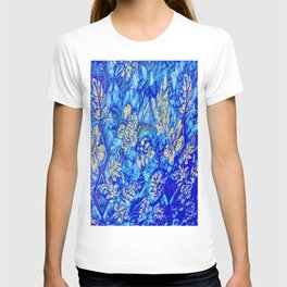 Breath Taking Light Blue Abstract Leaf T-shirt
