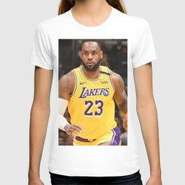 Le-Bron -James- Famous Basketball T-shirt