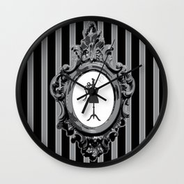 cadrebuste Wall Clock
