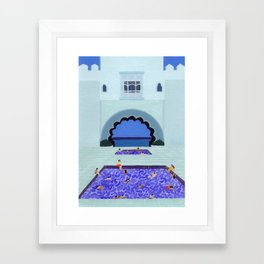 Scallop pool Framed Art Print