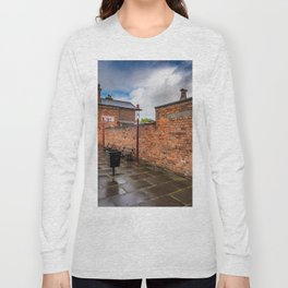 Hadlow Victorian Railway Station Long Sleeve T-shirt