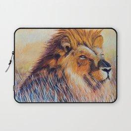 Lion sun bathing   Bain de soleil Lion Laptop Sleeve