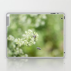 bee friends Laptop & iPad Skin