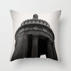 London House Hotel Chicago Architecture Throw Pillow