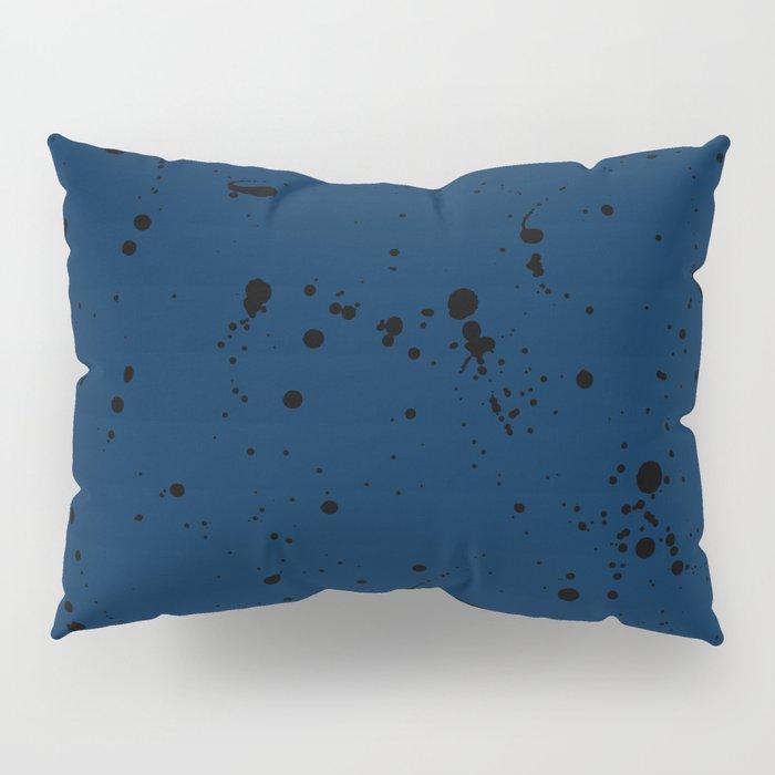Livre V Pillow Sham