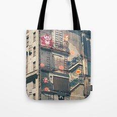 Building Kong Tote Bag