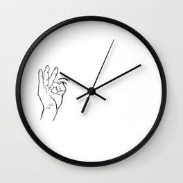 In hoc signo vinces (con este signo venceras) Rosca Wall Clock