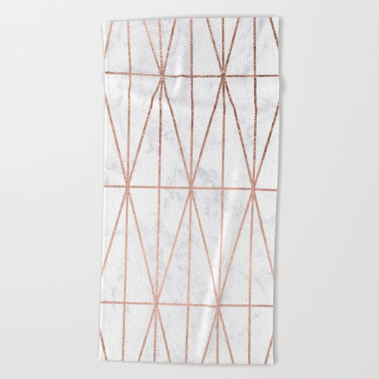 Modern geometric triangles faux rose gold pattern on white marble Beach Towel