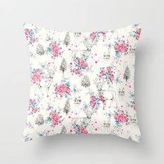 Deer pattern Throw Pillow