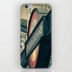 London's Calling iPhone & iPod Skin