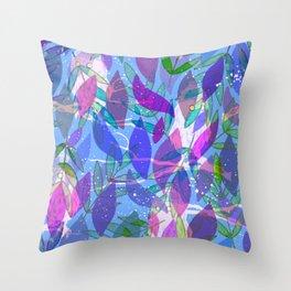 modern leaves pattern Throw Pillow
