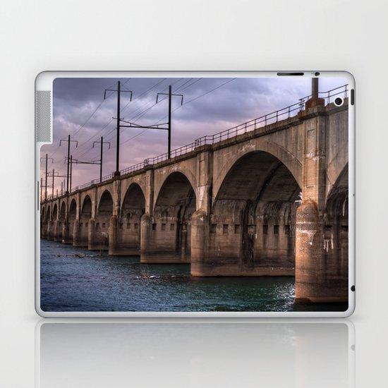 Color me bridge Laptop & iPad Skin