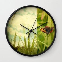 Unveil Wall Clock