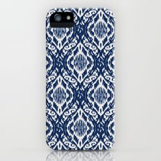 Damask Ikat: Navy and Off Ivory/White iPhone (5, 5s) Slim Case