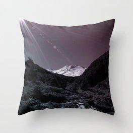 Mt Ruapehu Throw Pillow