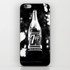 Classic 7up bottle iPhone Skin
