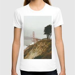Golden Gate Bridge / San Francisco, California T-shirt