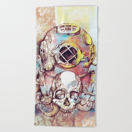 vintage floral skull Beach Towel
