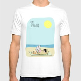 Mochi the pug sunbathing T-shirt