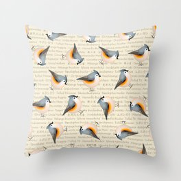 Tufty baeolophus Throw Pillow