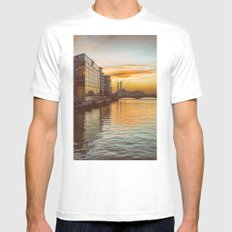 Sunset over Chelsea Bridge 02A - Vintage (everyday 13.01.2017) White MEDIUM Mens Fitted Tee