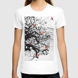 Red Birds in Snow by GEN Z T-shirt