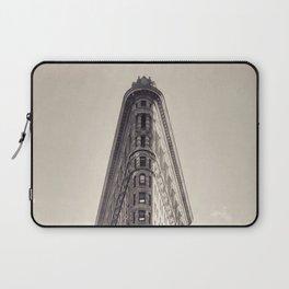 Flatiron Building, original New York photography, skyscrapers, wall decoration, home decor, nyc b&w Laptop Sleeve