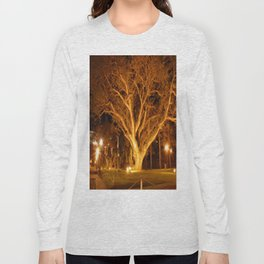 an old tree at night Long Sleeve T-shirt