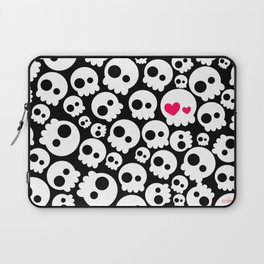 A skull in love Laptop Sleeve