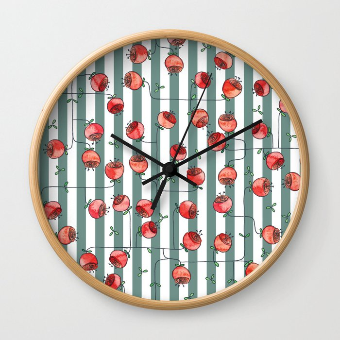 I dreamed of roses Wall Clock
