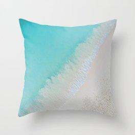 caribbean paradise Throw Pillow
