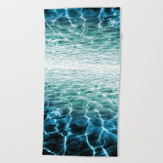 acqua azzurra acqua chiara Beach Towel