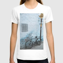 Bike Against Blue Wall in the Blue City Jodhpur, Rajasthan, India   Travel Photography   T-shirt