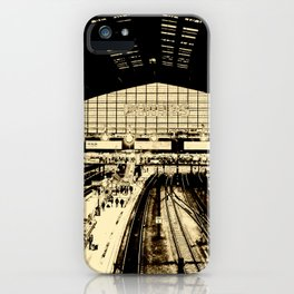 Hamburg Railwaystation monochrom iPhone Case
