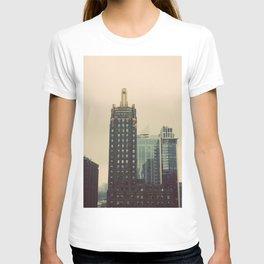 Carbide and Carbon Building Chicago T-shirt
