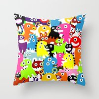 aliens Throw Pillows featuring ALIENS  by d.ts