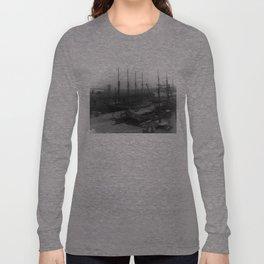Vintage Ships at Dock NYC Photograph (1908) Long Sleeve T-shirt
