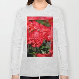 Flowerheads of red roses Long Sleeve T-shirt