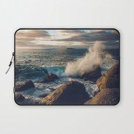 Perfect Wavebreak Laptop Sleeve
