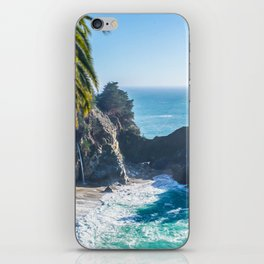 Breathtaking tropical beach with rocks iPhone Skin
